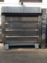 Tom Chandley 4 deck 32 tray Oven with steam- Code DO07